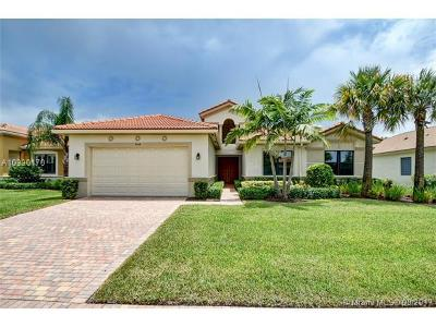 Delray Beach Single Family Home For Sale: 9464 Isles Cay Drive