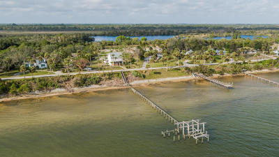 Fort Pierce Single Family Home For Sale: 5300 S Indian River Drive