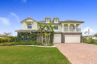 Jupiter Single Family Home For Sale: 8208 SE Red Root Way