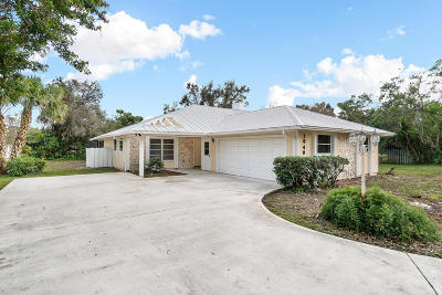 Palm City Single Family Home For Sale: 1840 SW Crane Creek Avenue