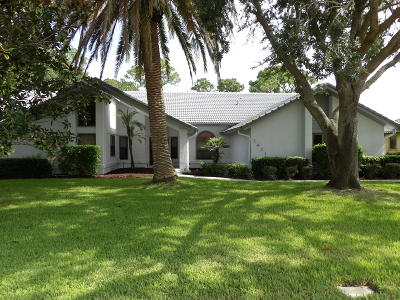 Port Saint Lucie Single Family Home For Sale: 1421 SW Osprey Cove