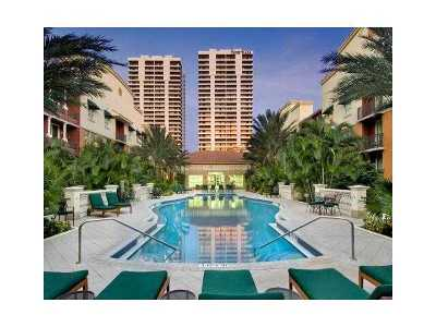 West Palm Beach Condo For Sale: 600 S Dixie Highway #521