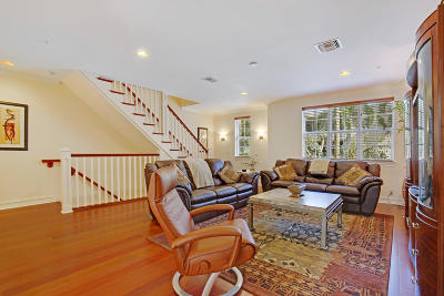 Delray Beach Townhouse For Sale: 335 E Mallory Circle