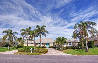 Hobe Sound Single Family Home For Sale: 9007 SE Star Island Way