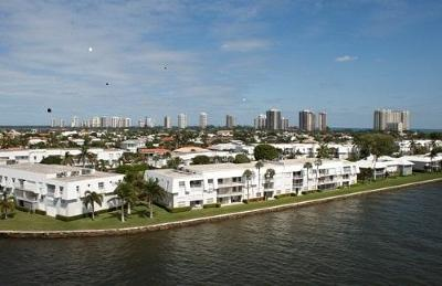 Singer Island Condo For Sale: 1205 Sandy Lane #249