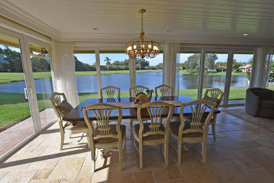 Boynton Beach Single Family Home For Sale: 11399 Meadowlark Circle