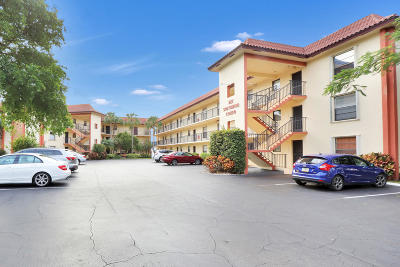 North Palm Beach Condo For Sale: 327 Southwind Drive #206