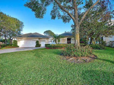 Palm Beach Gardens Single Family Home For Sale: 70 St James Terrace