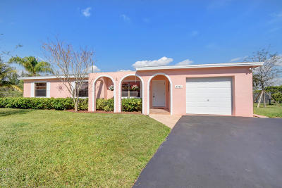 Boca Raton Single Family Home For Sale: 4541 Addison Street