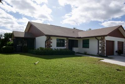 Jupiter Single Family Home Contingent: 100 Moccasin Trail S