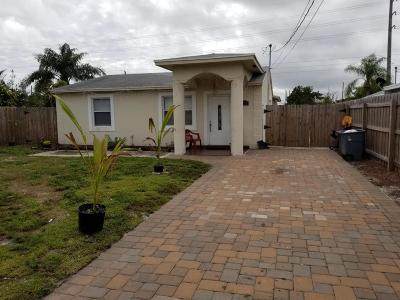 Palm Acres Estates Single Family Home For Sale: 2798 Alabama Street