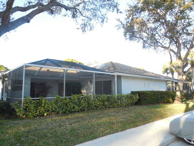 Palm Beach Gardens FL Townhouse Contingent: $235,000