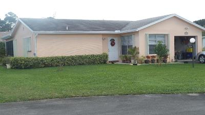 Greenacres Single Family Home For Sale: 6131 Rainbow Circle