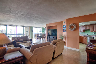 West Palm Beach Condo Sold: 1900 Consulate Place #1106