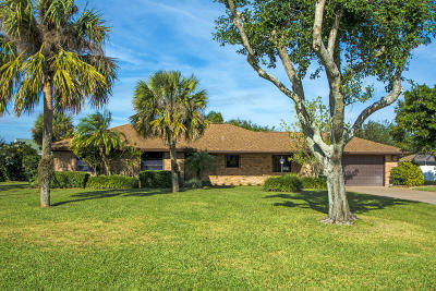 Vero Beach Single Family Home For Sale: 400 10th Place SW