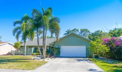 Hobe Sound Single Family Home For Sale: 9326 SE Venus Street