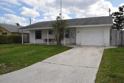 Lake Worth Single Family Home Contingent: 3015 Vassallo Avenue