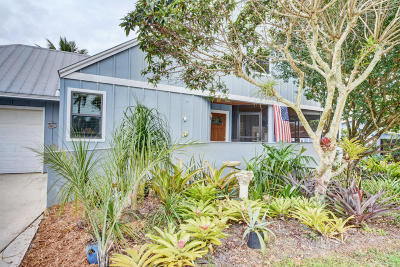 Palm City Single Family Home For Sale: 3043 SW Berry Avenue