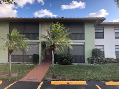 Boynton Beach FL Condo For Sale: $120,000