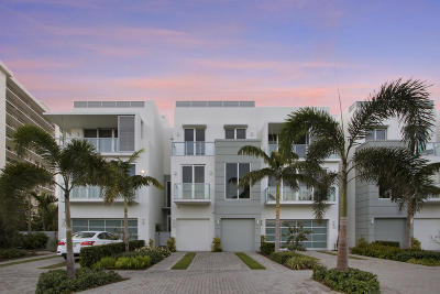 Delray Beach Townhouse For Sale: 136 Macfarlane Drive #Unit 2 (