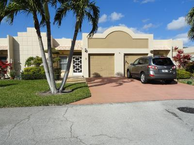 Boca Raton Single Family Home For Sale: 9111 Tracy Court #2