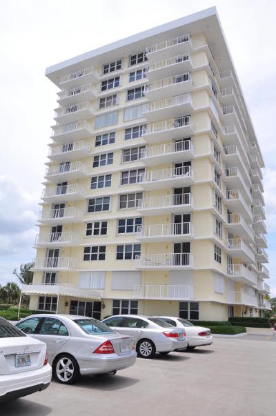 Juno Beach Condo For Sale: 500 S Ocean Drive S #W-3c