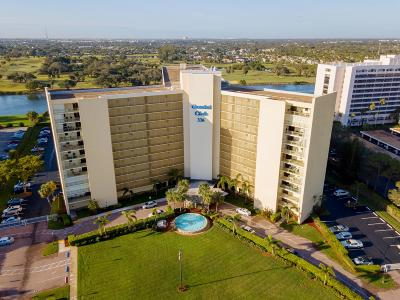 North Palm Beach Condo For Sale: 336 Golfview Road #904