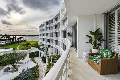 Palm Beach Condo For Sale: 2760 S Ocean Boulevard #314