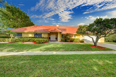Boca Raton Single Family Home For Sale: 4423 Woodfield Boulevard
