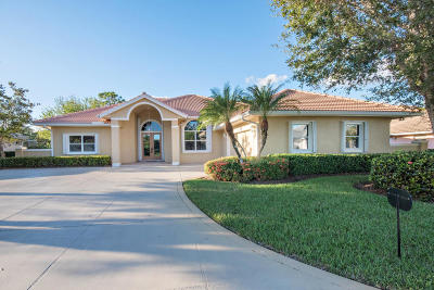 Lost Lake, Lost Lake @ Hobe Sound P.u.d., Lost Lake, Double Tree, Lost Lake At Hobe Sound Pud, Double Tree, Double Tree Plat 1, Double Tree, Lost Lake Single Family Home For Sale: 5309 SE Lost Lake Way
