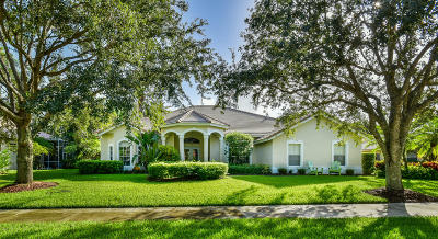 Jupiter Single Family Home For Sale: 18996 SE Coral Reef Lane