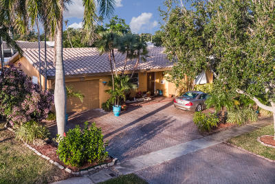 Deerfield Beach Single Family Home For Sale: 419 SE 2nd Court