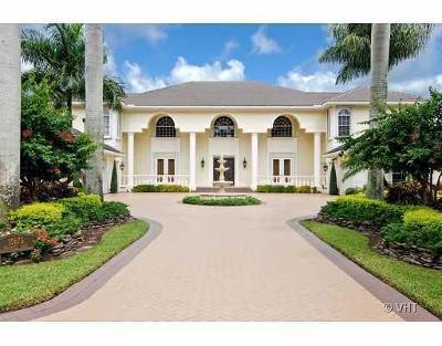 Wellington Single Family Home For Sale: 15675 Bellanca Lane