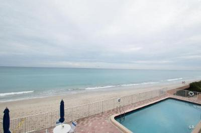 Palm Beach Condo For Sale: 3580 S Ocean Boulevard #3f