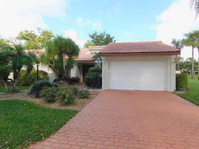 Boynton Beach Condo For Sale: 17 Glens Drive W