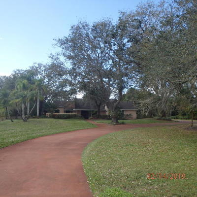 Palm City Single Family Home For Sale: 2222 SW Racquet Club Drive