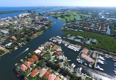 North Palm Beach Single Family Home Contingent: 701 Harbour Point Drive