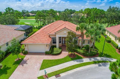 Port Saint Lucie Single Family Home For Sale: 9421 Briarcliff Trace