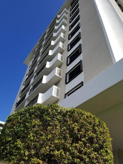 North Palm Beach Condo For Sale: 1200 Marine Way #206