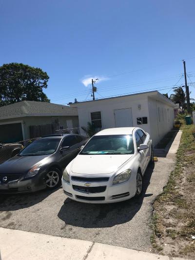 Boynton Beach Multi Family Home For Sale: 430 NW 12th Avenue