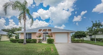 Vero Beach Single Family Home For Sale: 652 Lake Orchid Circle