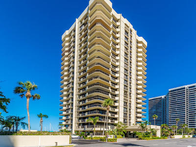 North Palm Beach Condo For Sale: 108 Lakeshore Drive #341