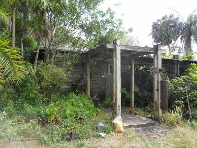 West Palm Beach Single Family Home For Sale: 560 Bethany Lane