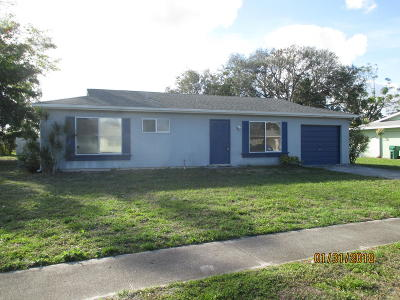 Port Saint Lucie Single Family Home For Sale: 322 NE Cullman Court