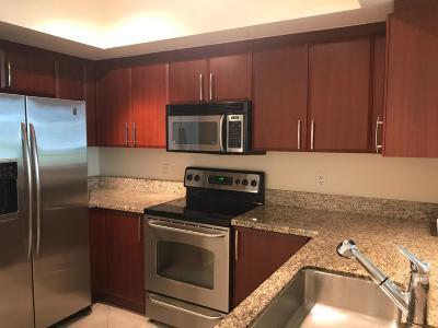 Metropolitan Condo For Sale: 403 S Sapodilla Avenue #218