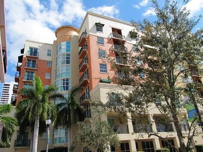 West Palm Beach Condo For Sale: 600 S Dixie Highway #333