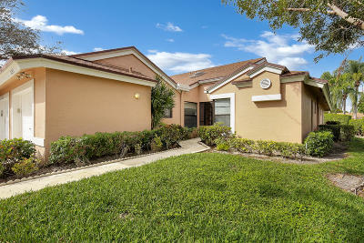 Boca Raton Single Family Home For Sale: 8243 Springlake Drive