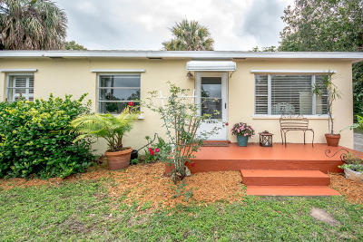 North Palm Beach Single Family Home Contingent: 2678 Honey Road