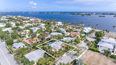 West Palm Beach Single Family Home For Sale: 125 Beverly Road