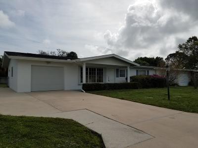 Port Saint Lucie Single Family Home For Sale: 407 E Coconut Avenue